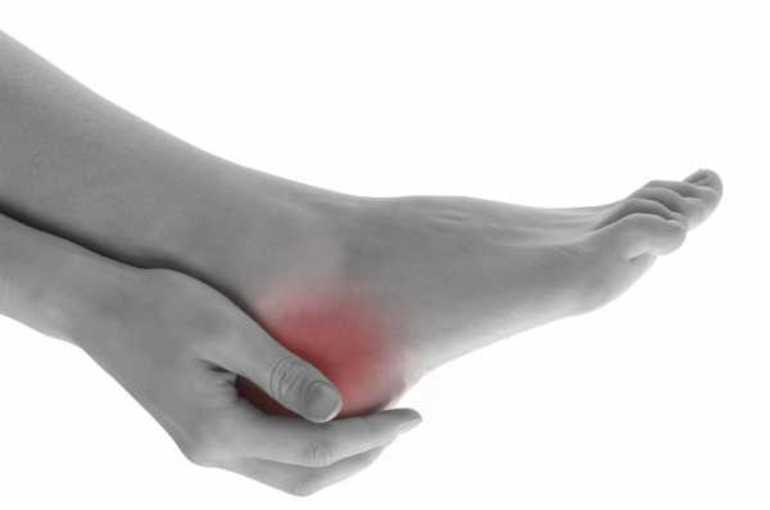 Причины и возникновения болей в пяточной области